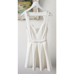 CHARLOTTE RUSSE white heart back dress